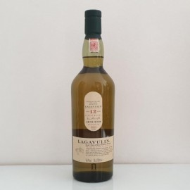 LAGAVULIN 12 YEARS OLD...